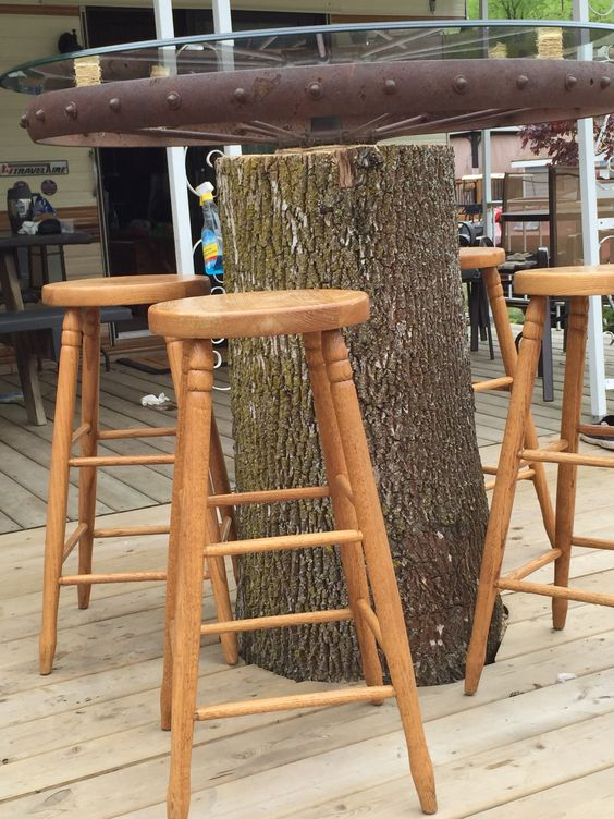 Tree stump table, wagon wheel table, trailer, deck, patio, rustic