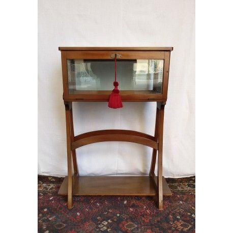 Tavolino con vetrina in legno di ciliegio - anni '30