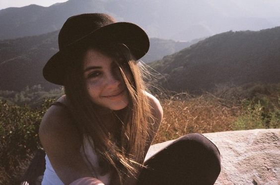 willa holland. consistent style inspiration of mine <3
