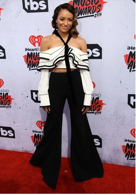 Kat Graham wears our custom made evening pants to the iheart Radio Awards. www.kaygoss.com