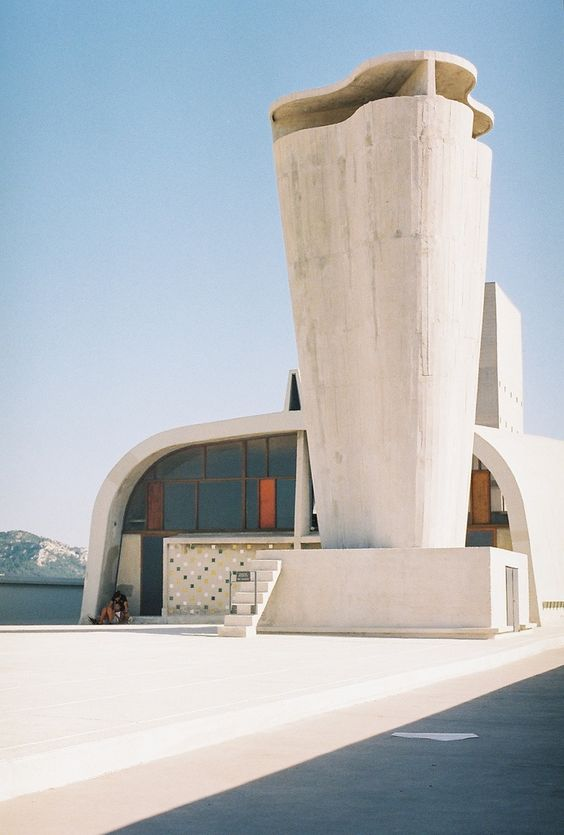 Le corbusier hotel in marseille france by no penny for them arq pinterest romantic - Toegepast marseille le corbusier ...