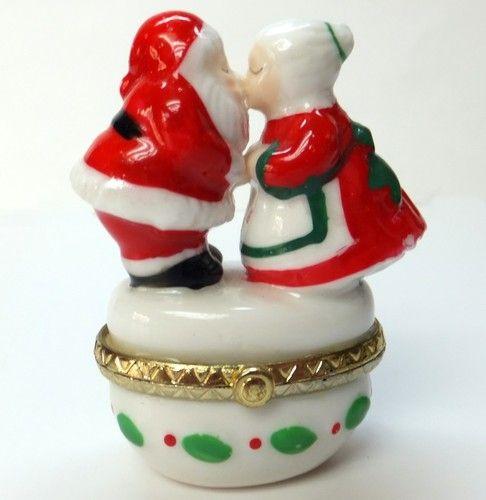 Trinket Box Christmas Santa Claus Kissing Mrs Claus Holiday Decor Collectible
