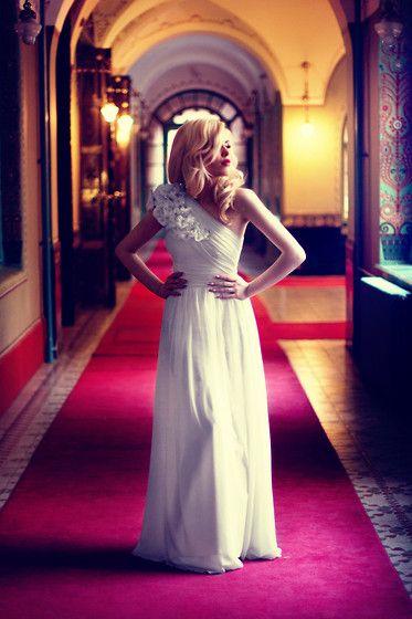 Fara Wedding Dress