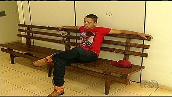 Soldado do Exército é preso dirigindo bêbado, sem CNH e na contramão +http://brml.co/1HLWP5E