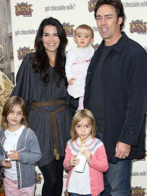 Angie Harmon and family