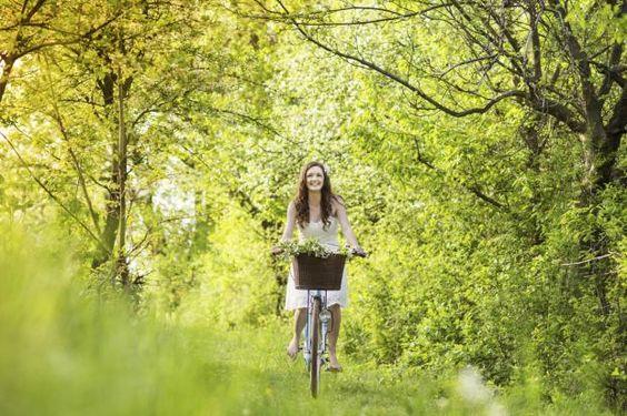 Der Sommer ist eingekehrt. Wie wäre es mit einer gemütlichen Radtour quer durch Deutschland? Wir haben die schönsten Routen!
