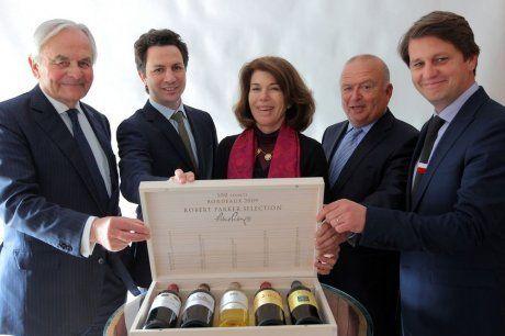 @Bernard MAGREZ présente son  #vin #Bordeaux de #prestige : le Pape Clément 2009, dans un coffret des plus prestigieux - #Parker