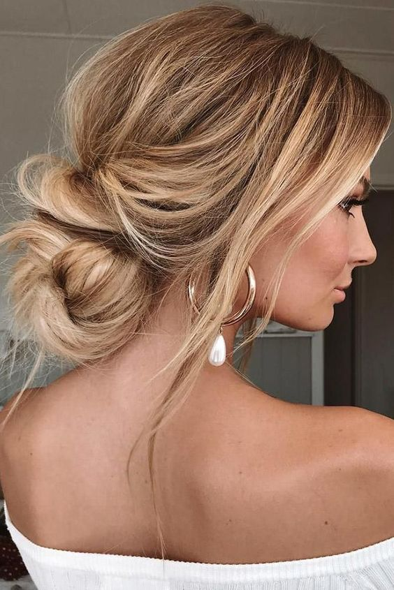 48 Perfect Bridesmaid Hairstyles Ideas Wedding Forward In 2020 Chic Hairstyles Hair Styles Messy Hairstyles