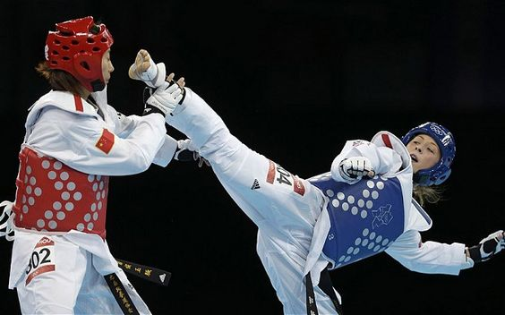 Jade Jones wins Britain's first ever Olympic taekwondo gold at the age of 19 (www.telegraph.co.uk)
