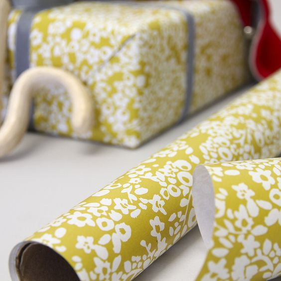 Three metres of bold wrapping paper perfect for presenting your birthday gifts with style, the roll wrap makes it easy to wrap gifts with ease. This bright Ditsy print gift wrap features our best selling floral pattern and is perfect for birthdays or giving gifts anytime of the year.