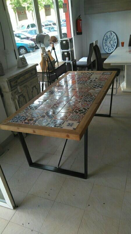 Mesa Vintage De Segunda Mano Por 449 En Aldaia En Wallapop Mesas De Baldosas Mesas De Madera Muebles De Cocina Rusticos