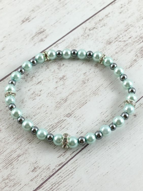 SALE, Beaded Pearl Bracelet, Mint Pearl Stretch Bracelet, Mint Green Bracelet, Wedding Bracelet, Bridal Jewelry, Bridesmaid Gift, Handmade