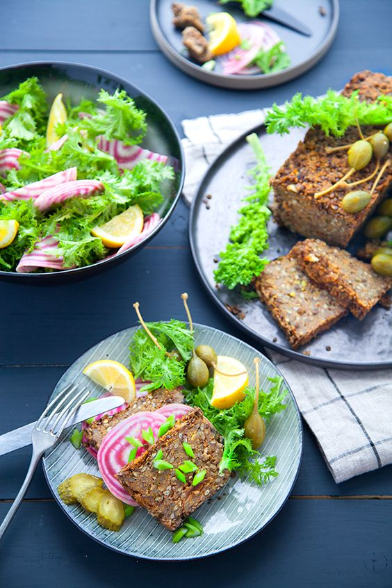 Lentil loaf : le pain de viande vegan - 100 % Végétal - Recette de Marie Laforêt trouvée sur sur http://www.100-vegetal.com/2015/02/lentil-loaf-le-pain-de-viande-vegan.html