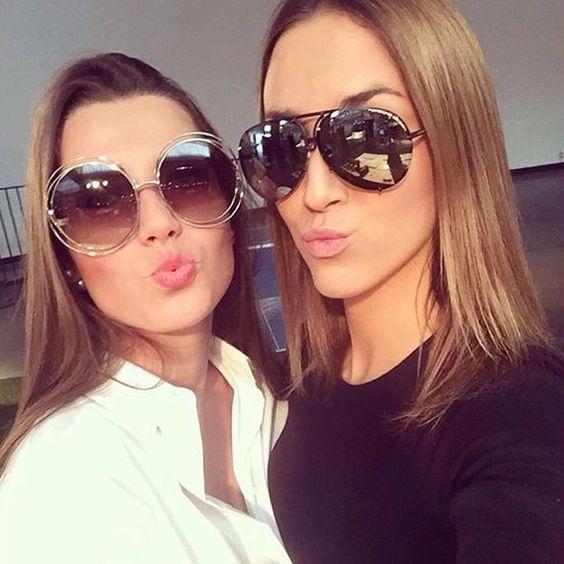 Chloé ou Porsche? Qual o seu preferido?! www.oticaswanny.com #chloecarlina #carlina #porsche #oticaswanny