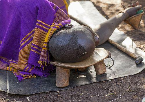 Bodi Tribe Man Sleeping On His Wood Seat, Hana Mursi, Omo … | Flickr