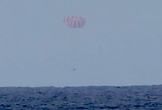 cool Dragon spacecraft splashes down with station research specimens