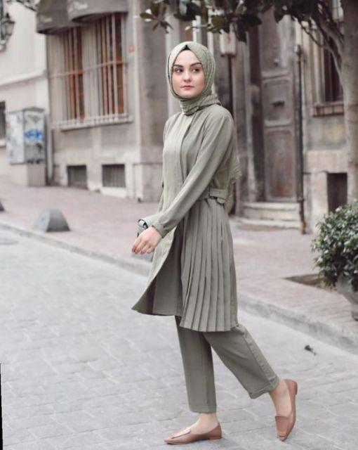 9 Busana Kondangan Bukan Kebaya Yang Lagi Hits Jadi Incaran Tetap Sopan Walau Simpel Di 2020 Pakaian Islami Gaya Busana Gaya Model Pakaian