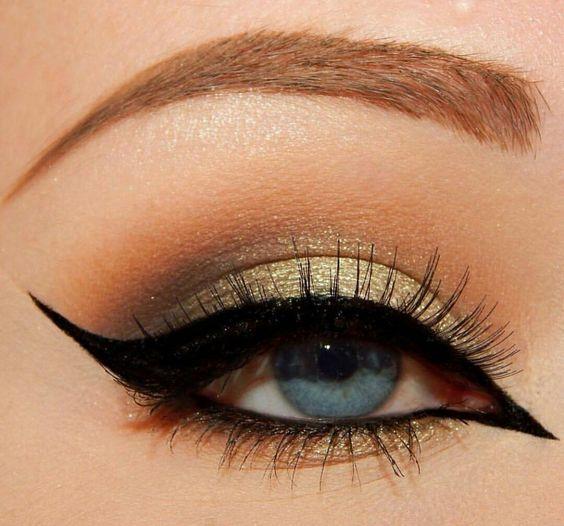 I gotta learn how to do that inner corner eyeliner