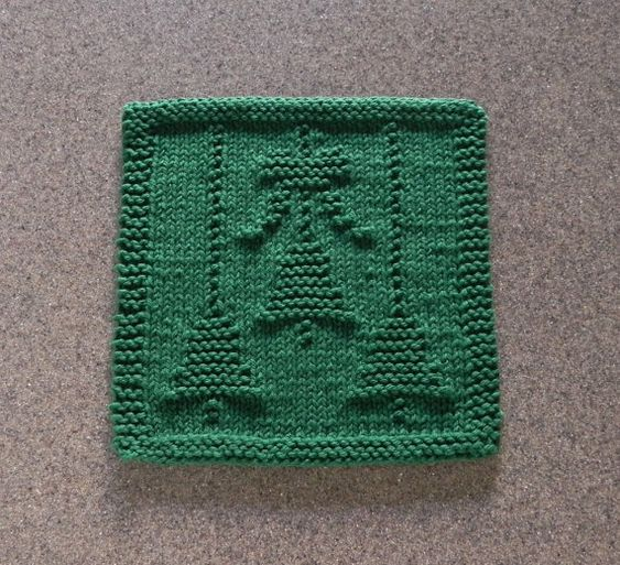 Knitting Pattern Christmas Bells : CHRISTMAS BELLS & BOW Knit Dishcloth. Green 100% Cotton. Hand Knitted Uni...