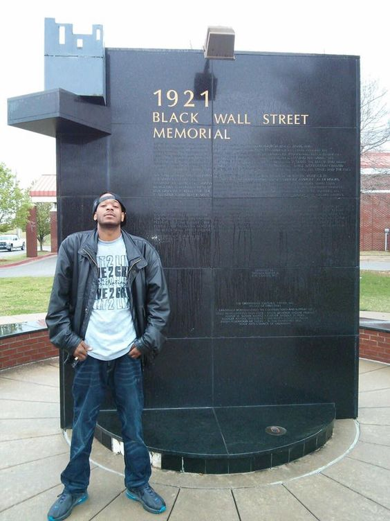 Black Wall Street in Tulsa Oklahoma. America's worst Terrorist attack. 300 to 3000 Blacks & Indians killed in 1921.