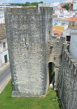 Castelo de Loulé  http://aguiaturistica.blogspot.pt/  #aguiaturistica #casteloloule #castelo #muralha