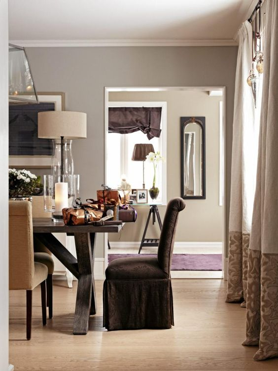 Drapes w/ pattern on base panel: Dining Rooms, Living Rooms, Decor Dining, Rooms Chairs, Inspiration Classic, Color Palette, Dressings Curtains, Dining Room Chairs