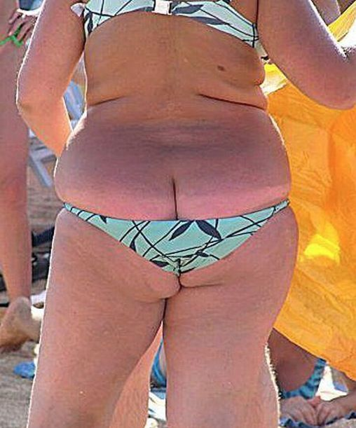 Bilderesultat for funny small bikini