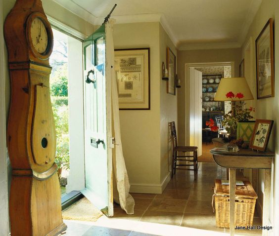 English cottages the doors and the glass on pinterest - Country cottage hallways ...