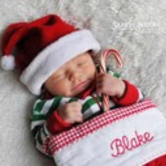 I want to do this, maybe have the baby's name on the stocking. Baby will be just a week or 2 old!
