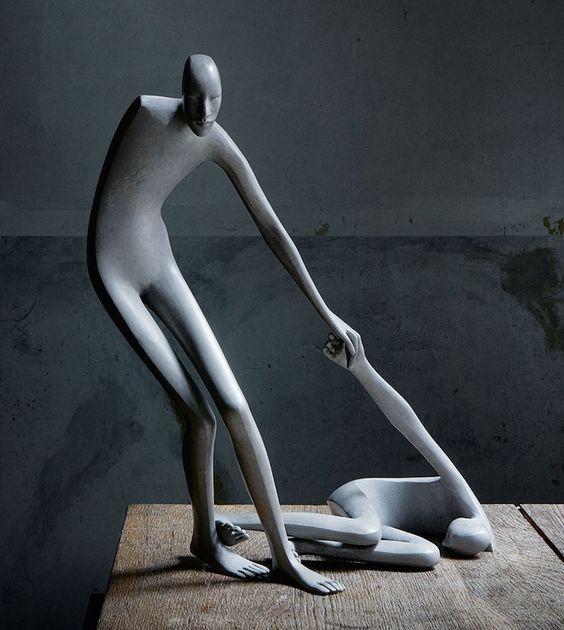 A escultora espanhola Isabel Miramontes cria incríveis obras de arte inspiradas no corpo humano. Fascinada por pose e impressões, a artista desenvolve figuras em bronze que provocam a sensação de m…