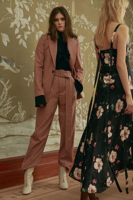 Jill Stuart Pre-Fall 2018 Fashion Show Collection