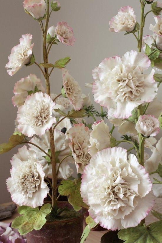 Vladimir Kanevsky: Porcelain flowers.: