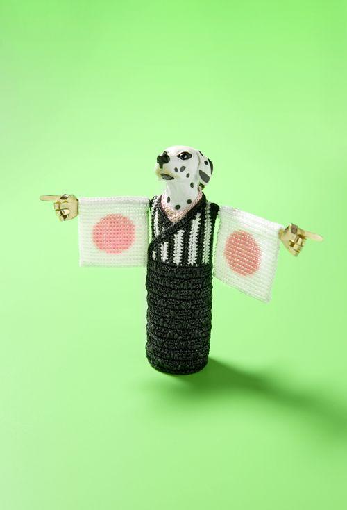 felieke van der leest, referee-san, textile, glas beads, plastic animal, 14kt gold, cubic zirkonia, (silver)