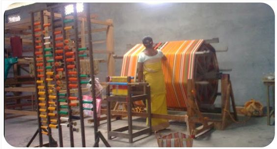 My happy sewing place...: Weaving Destination