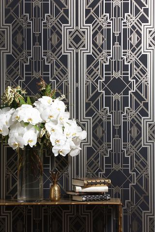 Would love this art deco wallpaper in an entryway.