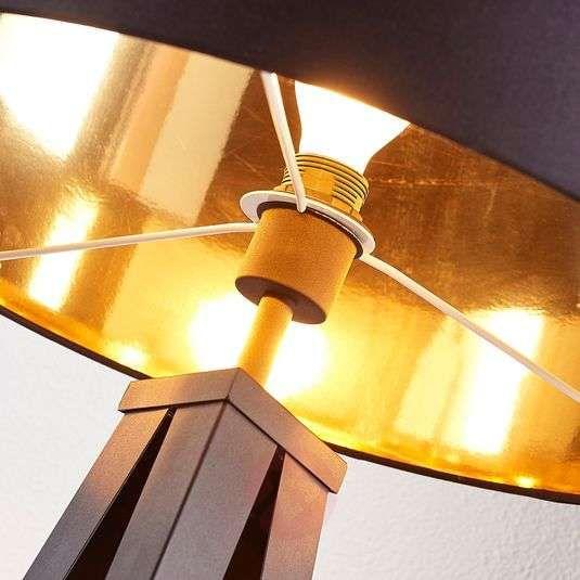 Zwart gouden vloerlamp Benik met statief look van LINDBY in