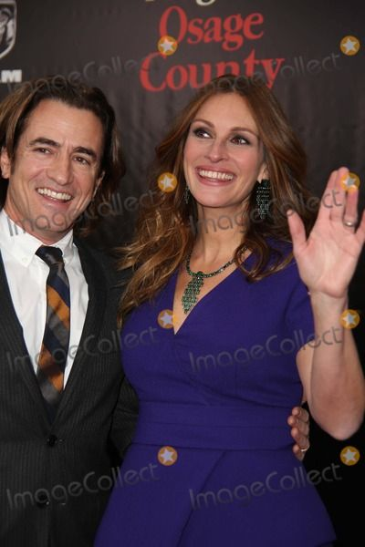 """The New York Premiere of """"August Osage County"""" the Ziegfeld Theater, NYC December 12, 2013 Photos by Sonia Moskowitz, Globe Photos Inc 2013 Dermot Mulroney, Julia Roberts"""