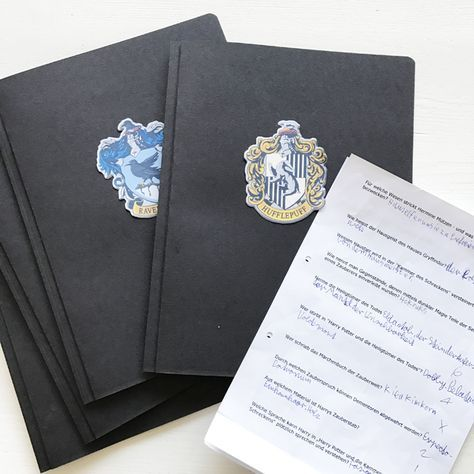 Das Ultimative Quiz Fur Deine Harry Potter Party Auf Nach Hogwarts Engel Band Harry Potter Geburtstag Harry Potter Selber Machen Harry Potter Zauberstab