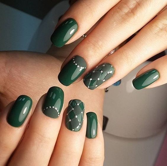 33 Outstanding Emerald Green Nails Art Designs For You Styles Art Green Nail Designs Green Nail Art Green Nails