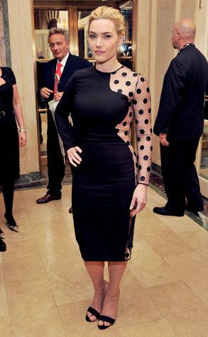 i love how kate loves her curves and shows them off - makes me think i should be ok with mine!