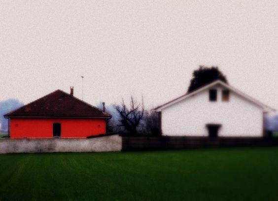 La maison rouge.