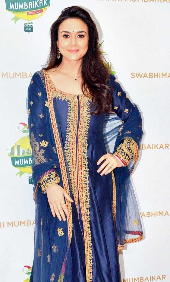 Preity Zinta at launch of Swabhimani Mumbaikar festival. #Bollywood #Fashion #Style #Beauty #Hot #Ethnic