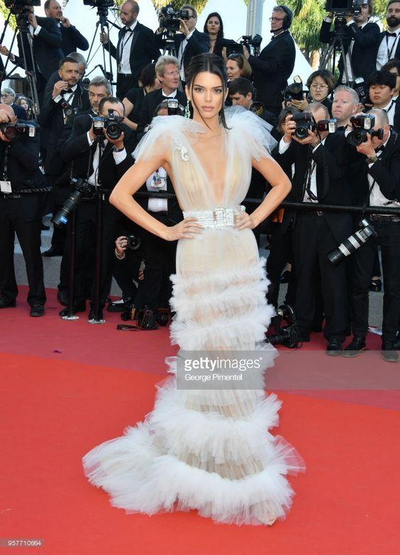 2018 Cannes Film Festivali'nde Giyilen En Seksi 10 Elbise