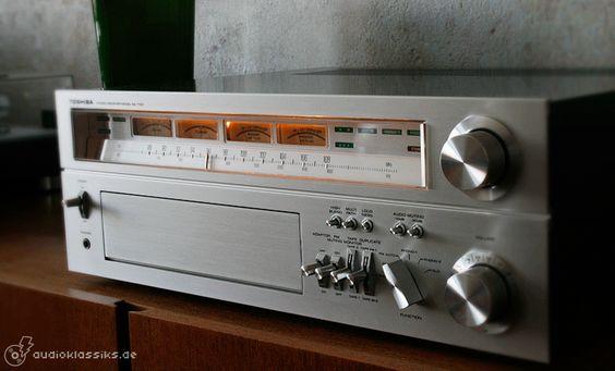 Image from http://audioklassiks.de/Bilder/Toshiba/toshiba_monsterreceiver_sa_7100_02.gif.