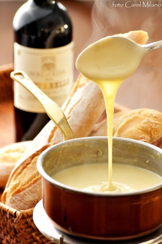lovely crusty bread, fondue, and a nice wine ♡