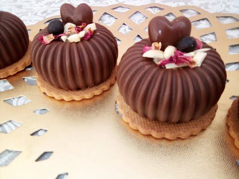 حلوى جديدة لأفراحكم و مناسباتكم السعيدة قاطو رائعة شكلا و ذوقا Youtube Yummy Food Dessert Desserts Mousse Dessert