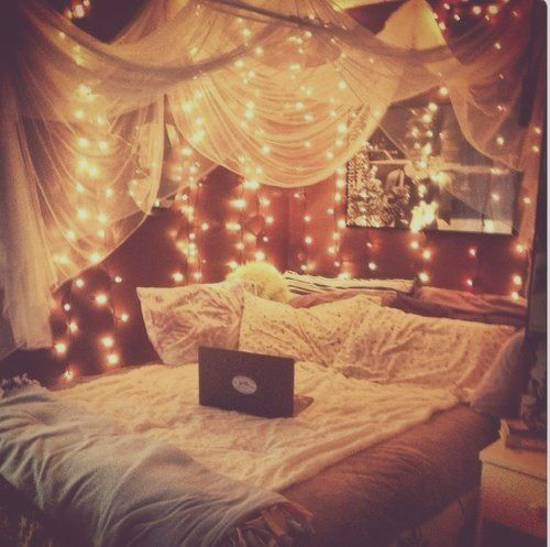 35 Unusual Girly Bedroom Decoration Ideas For Your Inspiration Boho Bedroom Design Fairy Lights Bedroom Girly Bedroom Baru bedroom fairy lights tumblr