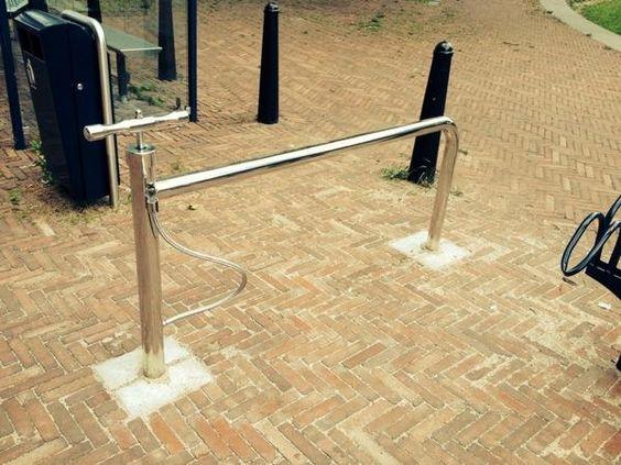 Publieke fietspomp dorpsplein vleuten