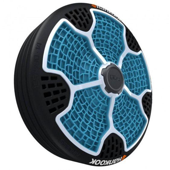 i-Flex acaba de ser lançado na Feira do Automóvel de Frankfurt. Ele combina roda e pneu numa unidade coesa, leve, sem ar, à prova de perfurações e feito com 95% de materiais recicláveis.
