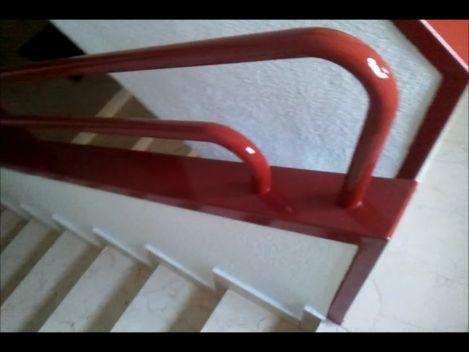 Pintado barandilla escalera
